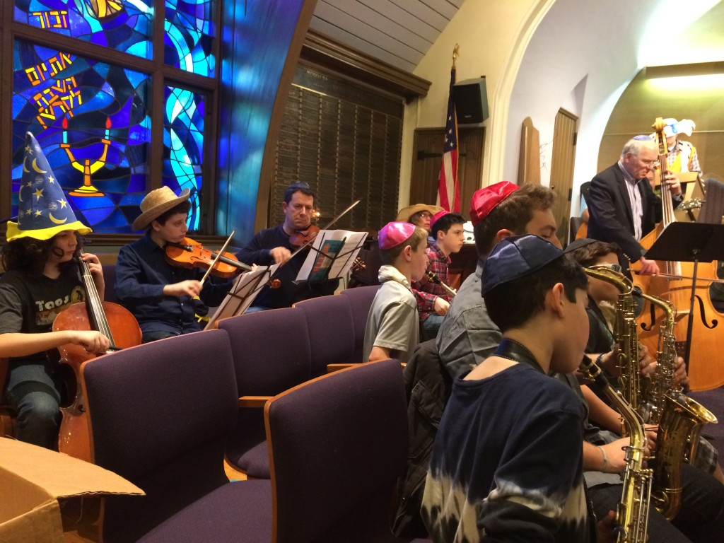 Purim Simchah Band 2016 march