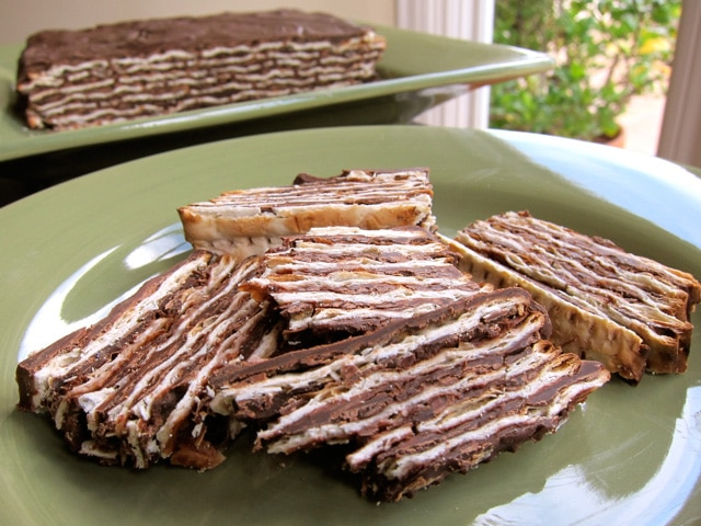 Easy No-Bake Chocolate Matzah Cake